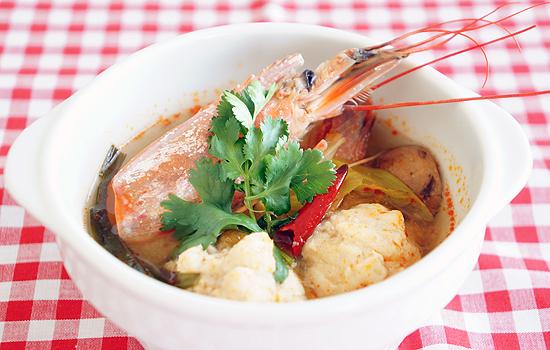 めかじき団子のエスニック風スープ