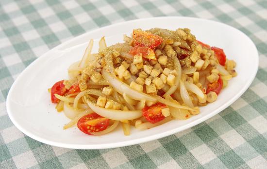 めかじきと玉ねぎ炒め山椒風味